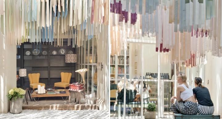 Libreria BRAC e le 5.000 strisce di tessuto