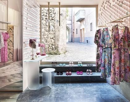 The Pink Closet boutique